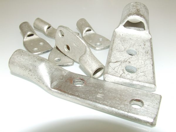 Special multi stud hole cable lugs